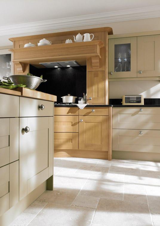 Broadoak painted bespoke fitted kitchens wigan kitchen for Oak fitted kitchen
