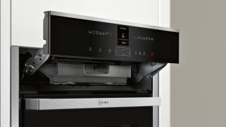 Neff B47VR32N0B Single Oven 4