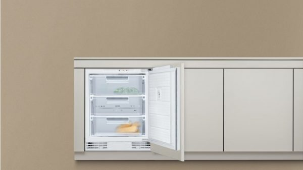 Neff G4344X7GB Built-under Single Door Freezer 2