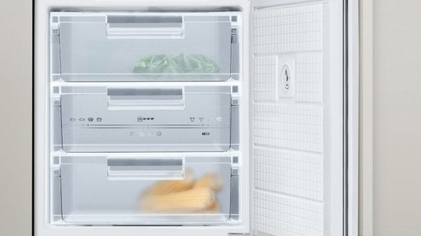 Neff G4344X7GB Built-under Single Door Freezer 3