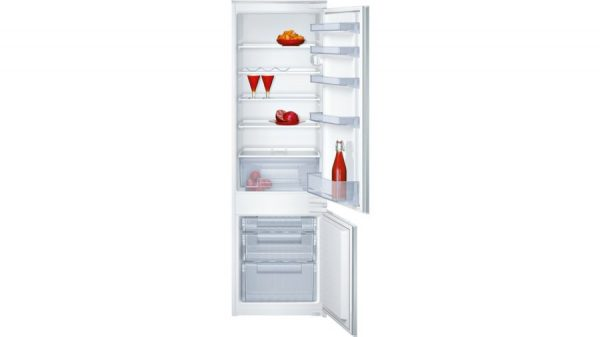 Neff K8524X8GB 70/30 Built-in Fridge Freezer 1